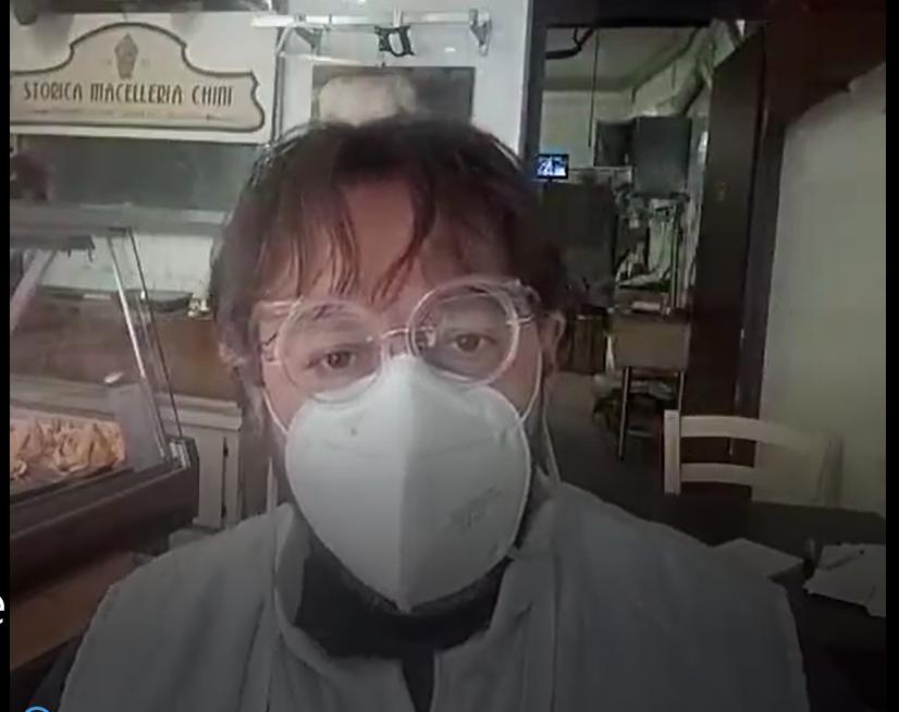 Comment faire pour boire l'apéritif avec un masque?